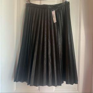 NWT✨ J. Crew Pleather Pleated Skirt